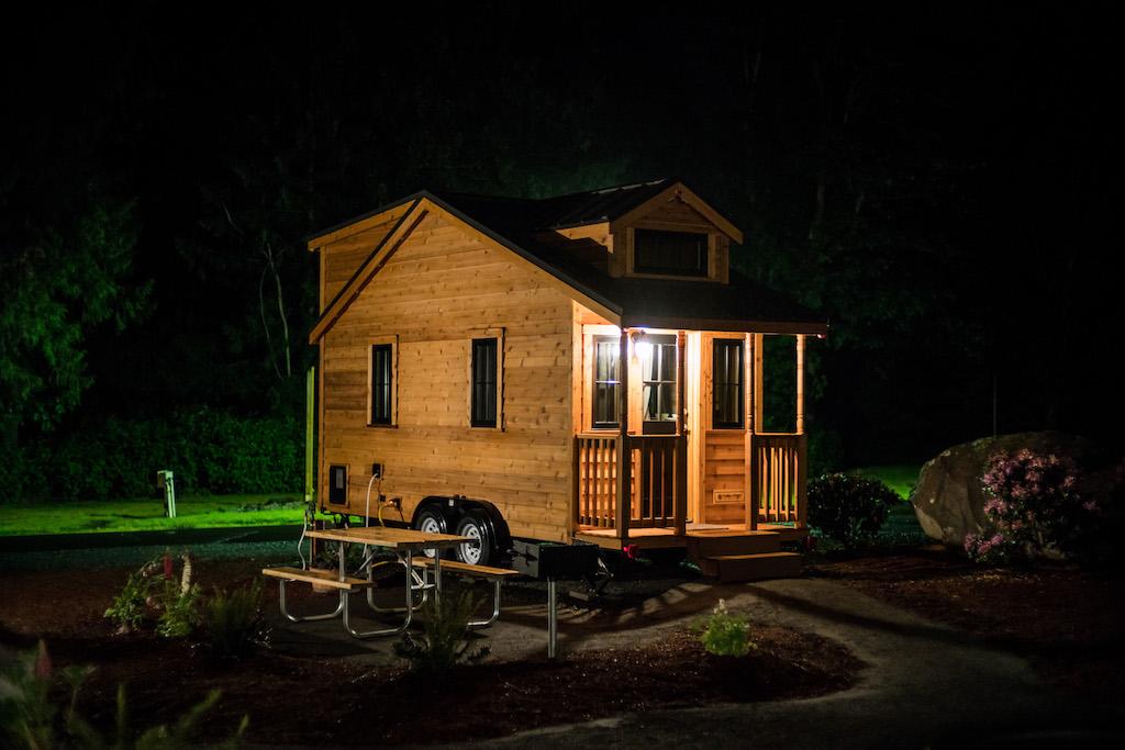 atticus-mt-hood-tiny-house-village-oregon-15