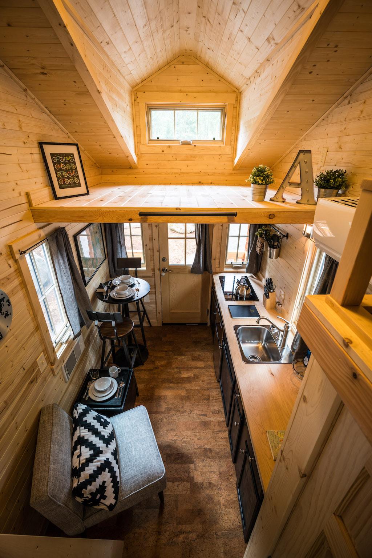 atticus-mt-hood-tiny-house-village-oregon-9