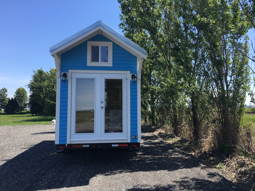 blue-poco-tiny-living-homes-1