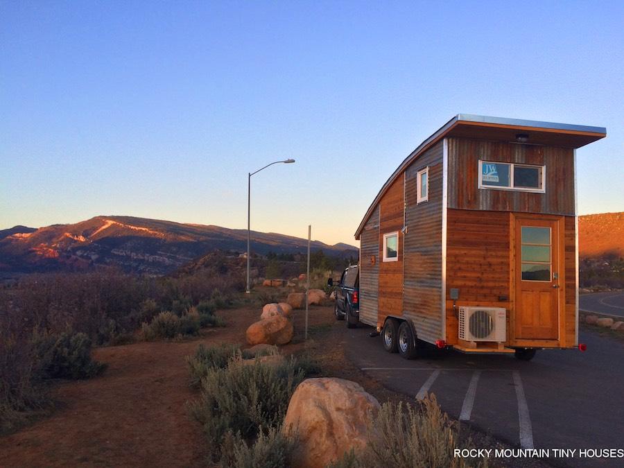 curved-roof-tiny-house-rocky-mountain-tiny-homes-1
