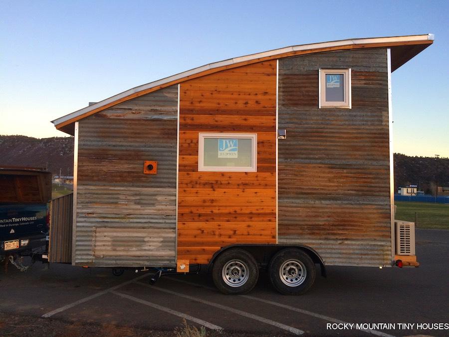 curved-roof-tiny-house-rocky-mountain-tiny-homes-6