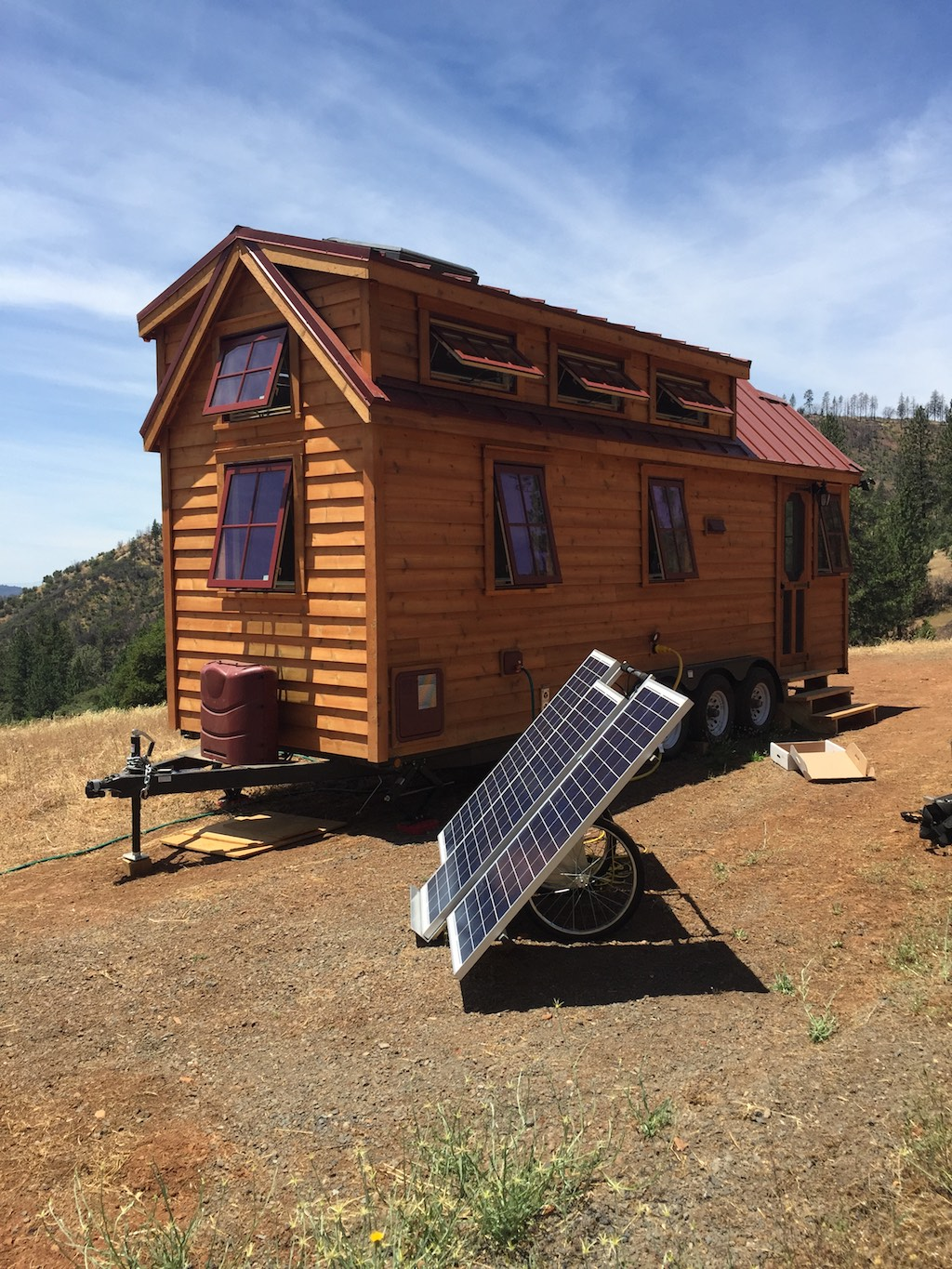 The guinn tiny house swoon for Tiny homes company