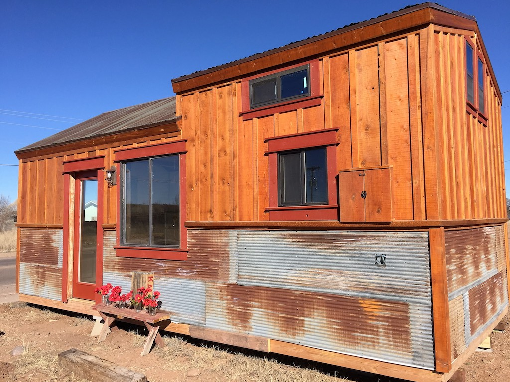 silver-creek-tiny-house-1