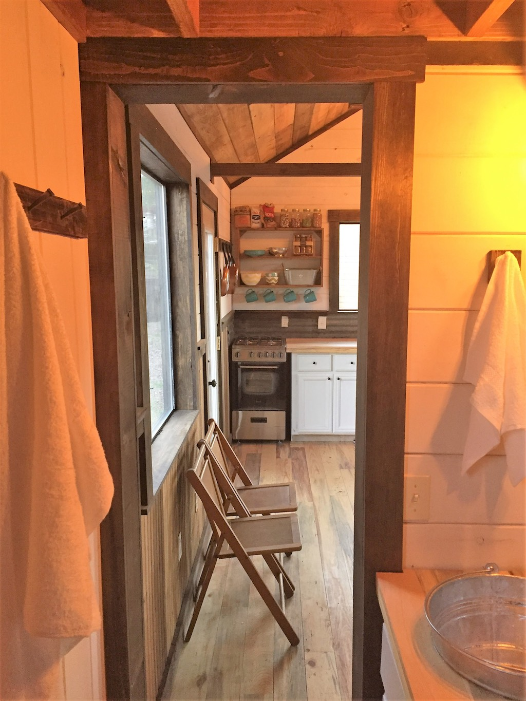 silver-creek-tiny-house-2