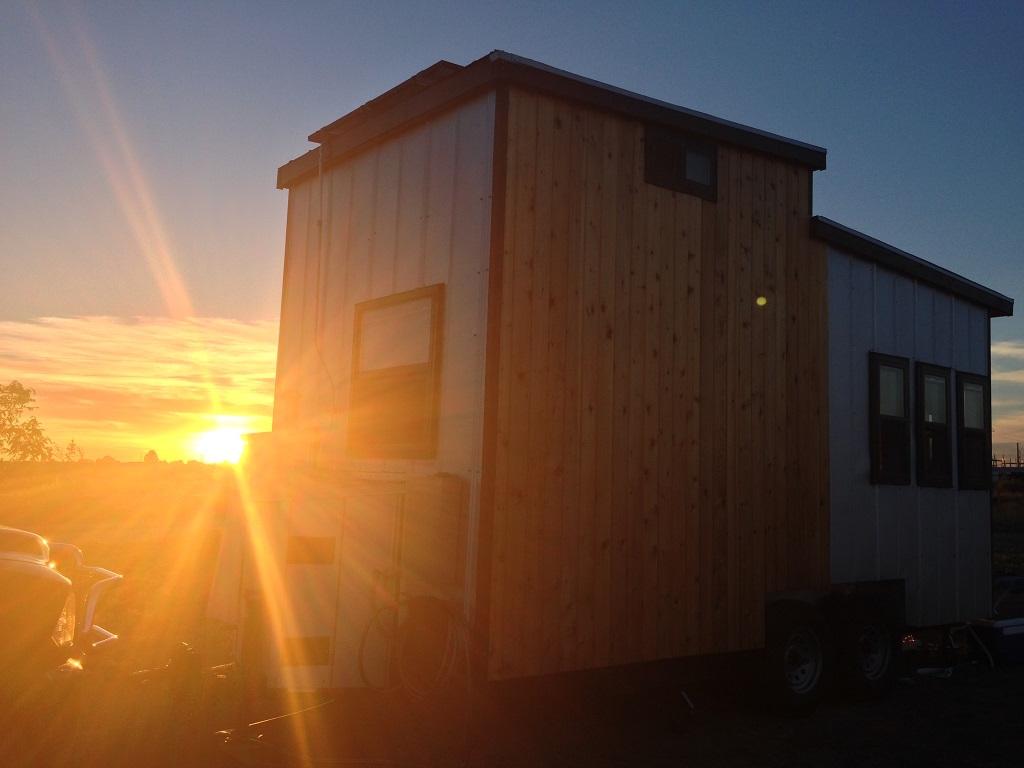 tiny-solar-house-12