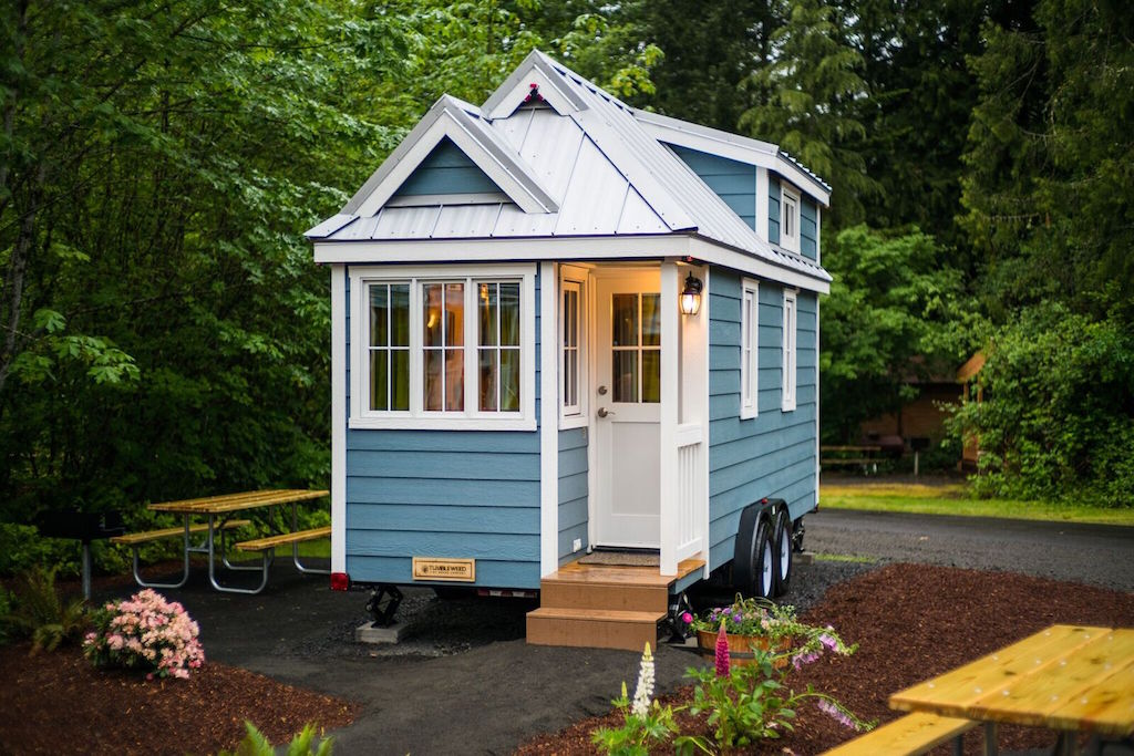 Zoe Tiny House Swoon