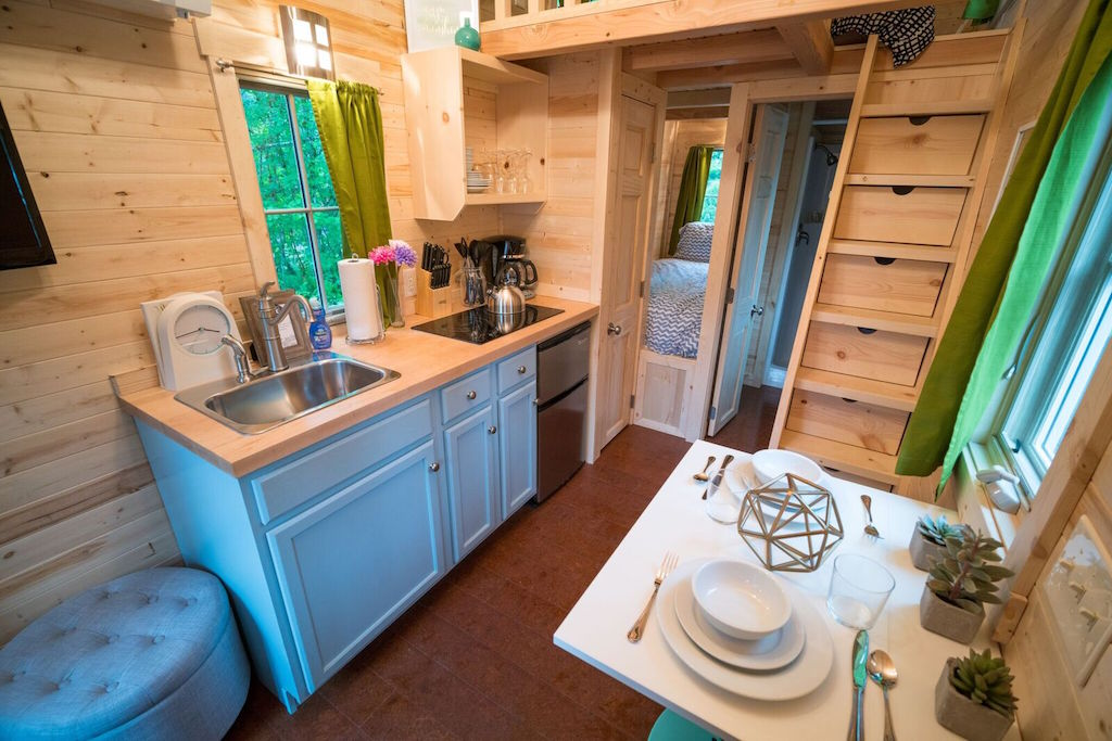zoe-tiny-house-village-cypress-tumbleweed-mount-hood-3