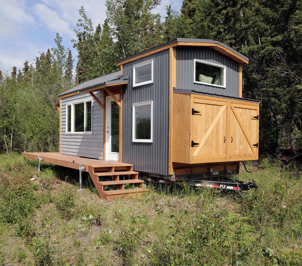 anas-tiny-house-1