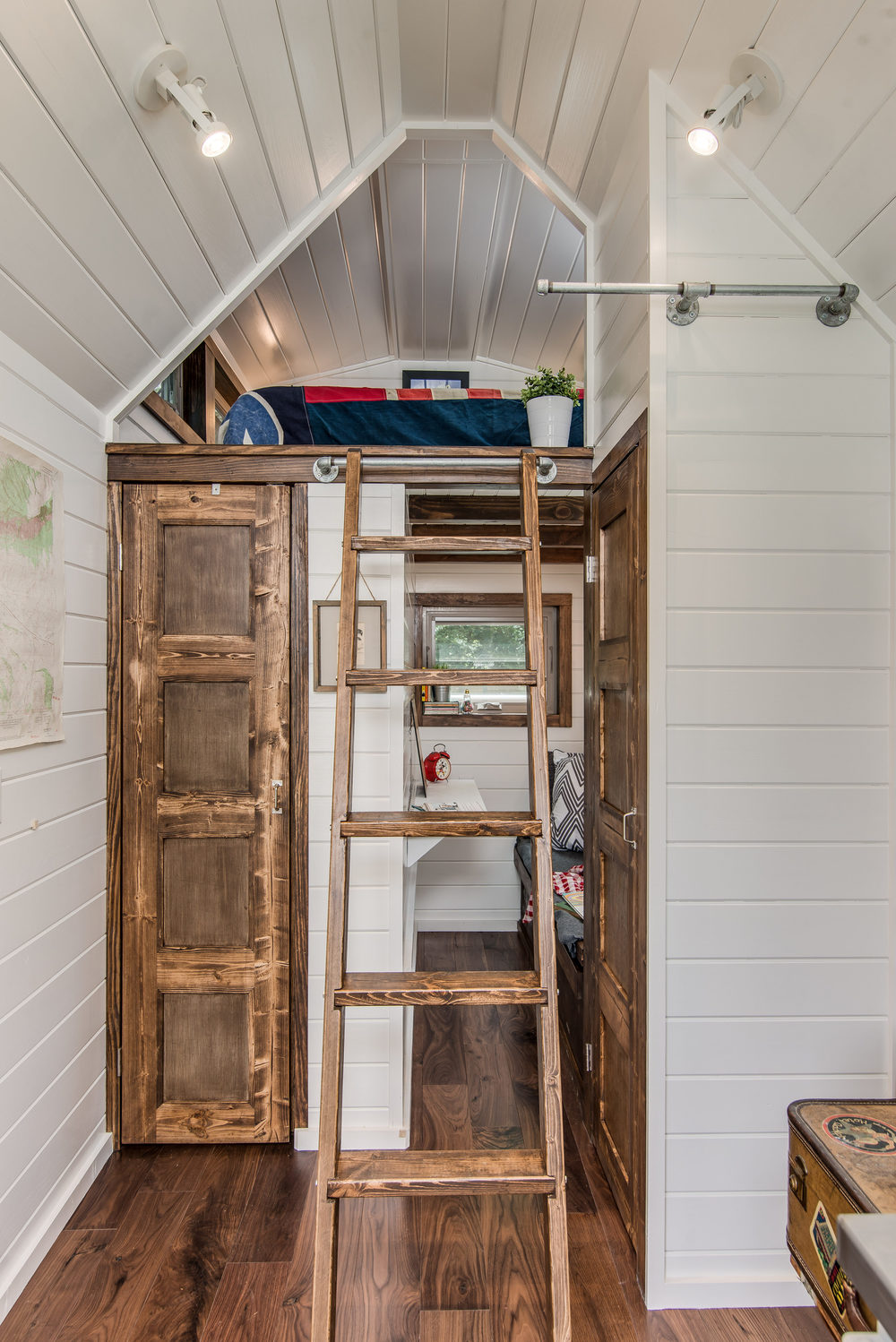 cedar-mountain-new-frontier-tiny-homes-13