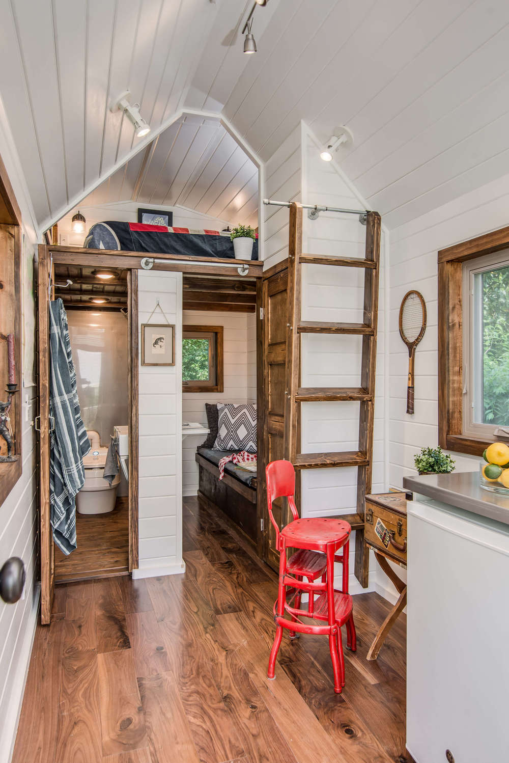 cedar-mountain-new-frontier-tiny-homes-2