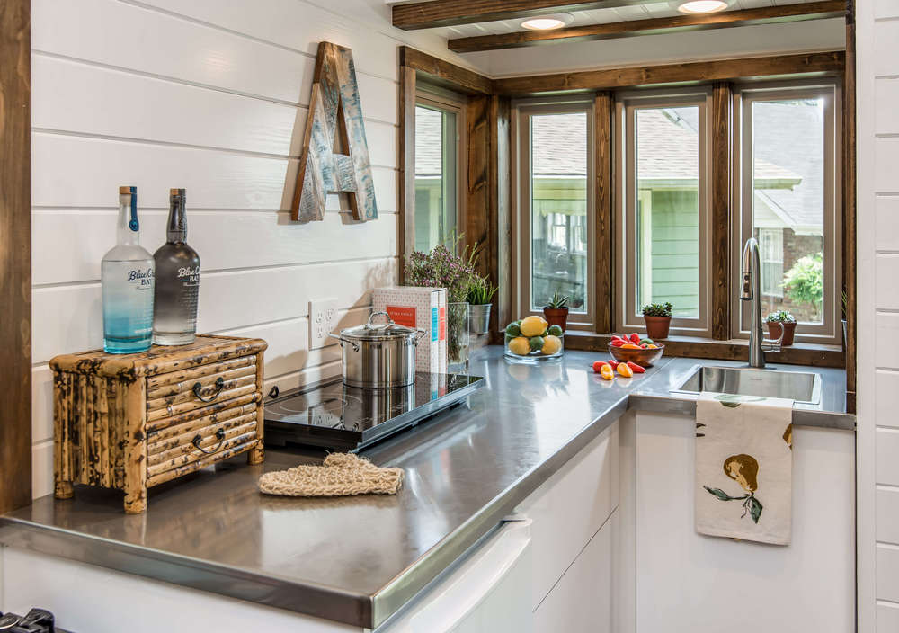 cedar-mountain-new-frontier-tiny-homes-4