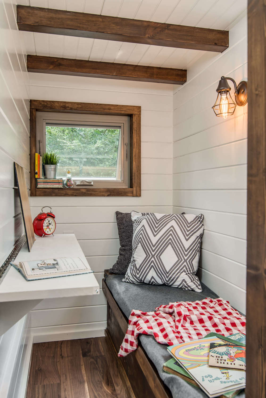 cedar-mountain-new-frontier-tiny-homes-8