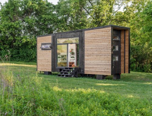 new-frontier-tiny-house-1