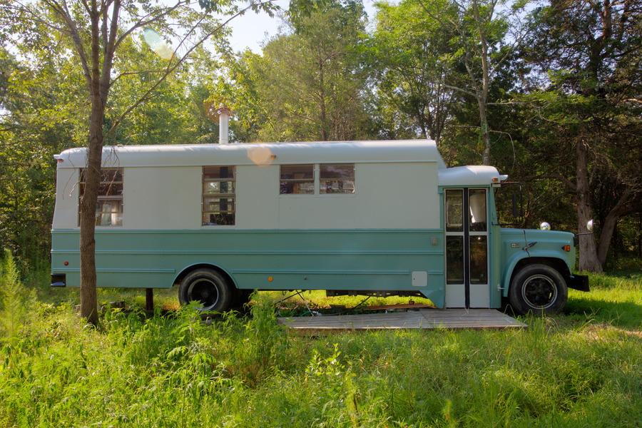 thomas-home-bus-1