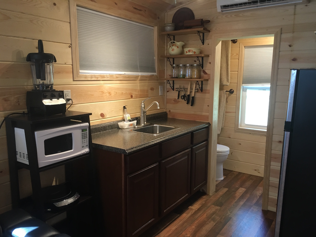 5th-wheel-tiny-house-3
