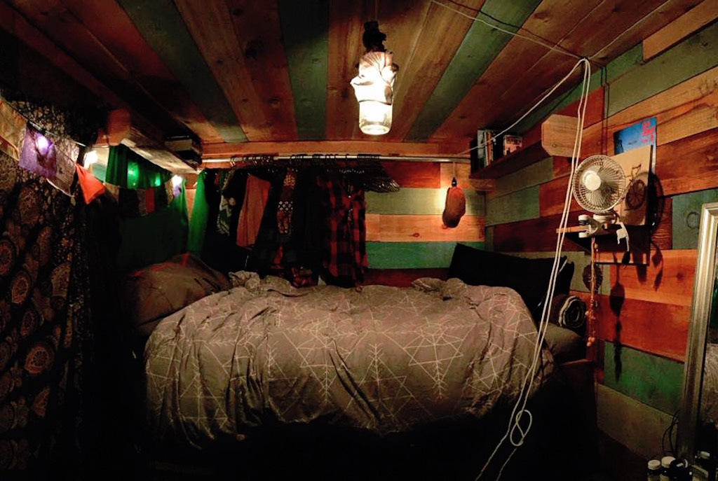 container-cabin-5