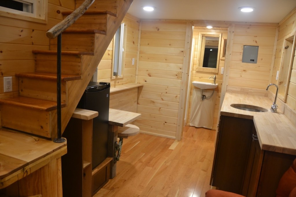 cranberry-tiny-house-8