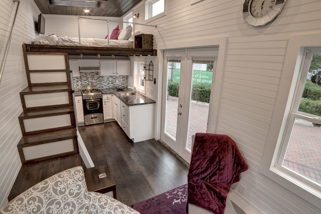 freedom-alabama-tiny-homes-2