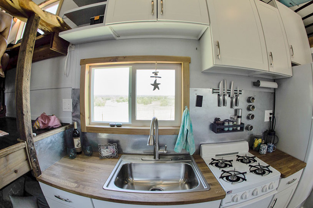 raw-design-creative-tiny-house-5