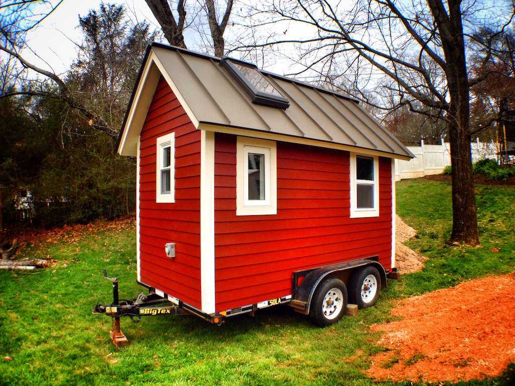 the-little-red-house-13