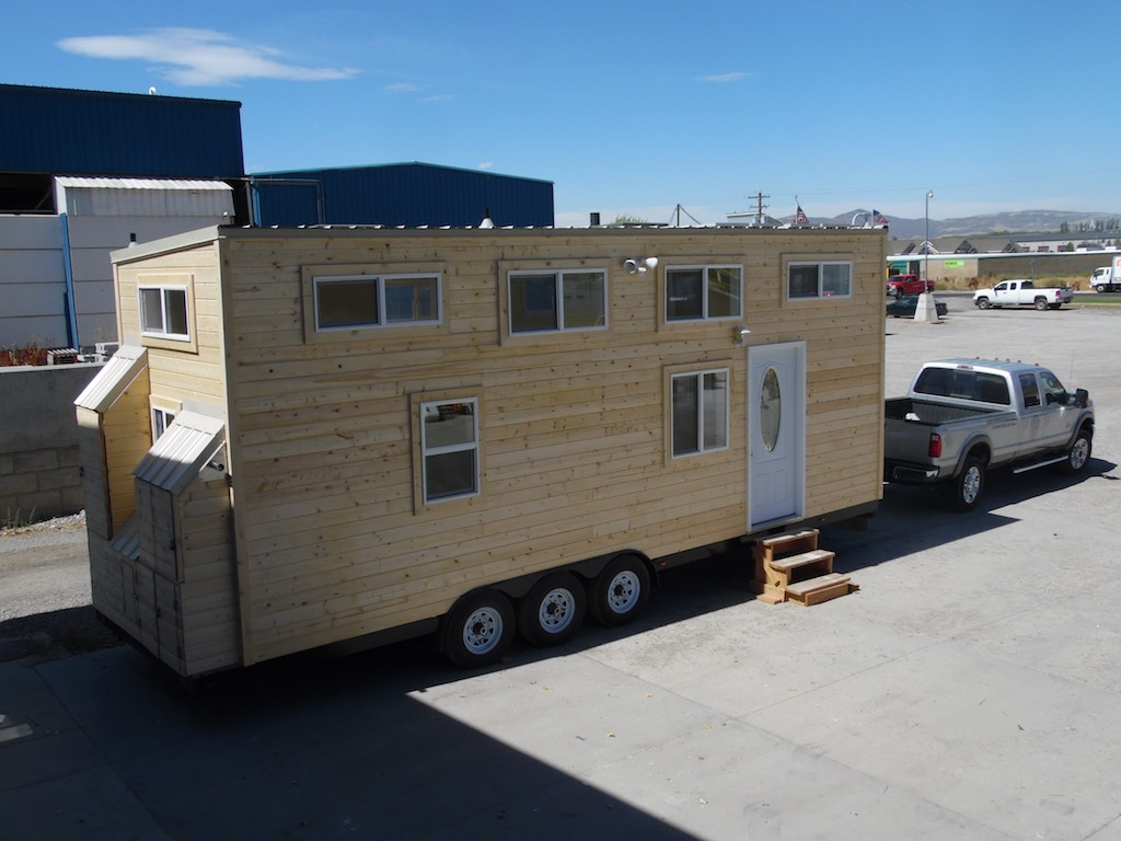 30-tiny-house-upper-valley-tiny-homes-1