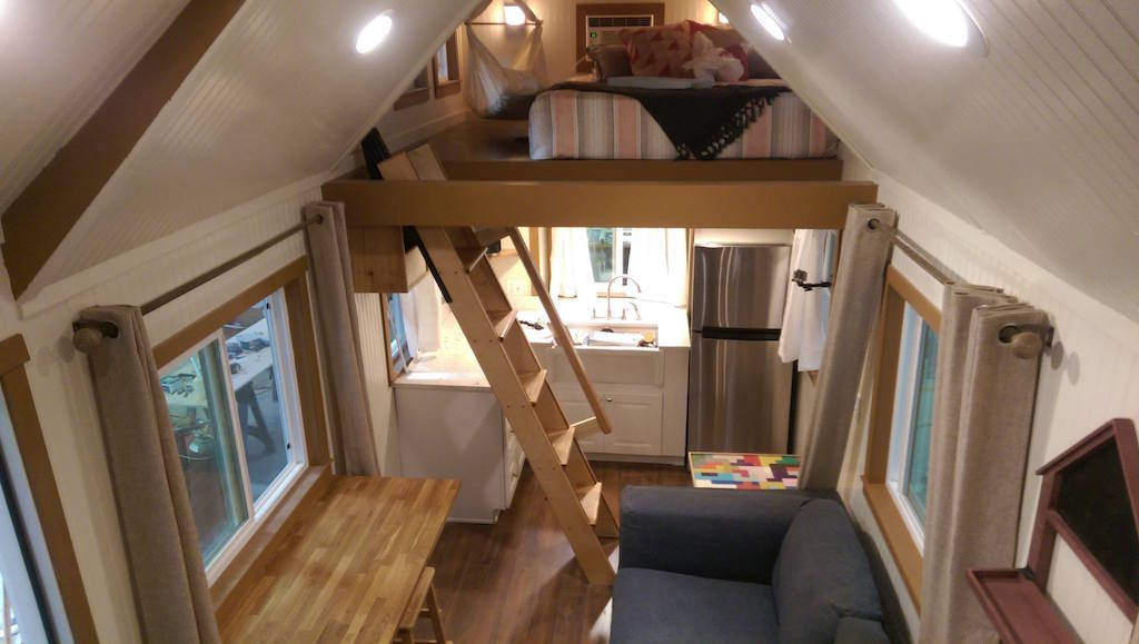 Custom Craftsman Built On Tiny House Nation on Cob House Interior