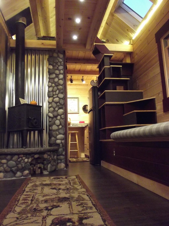 log-tiny-house-2