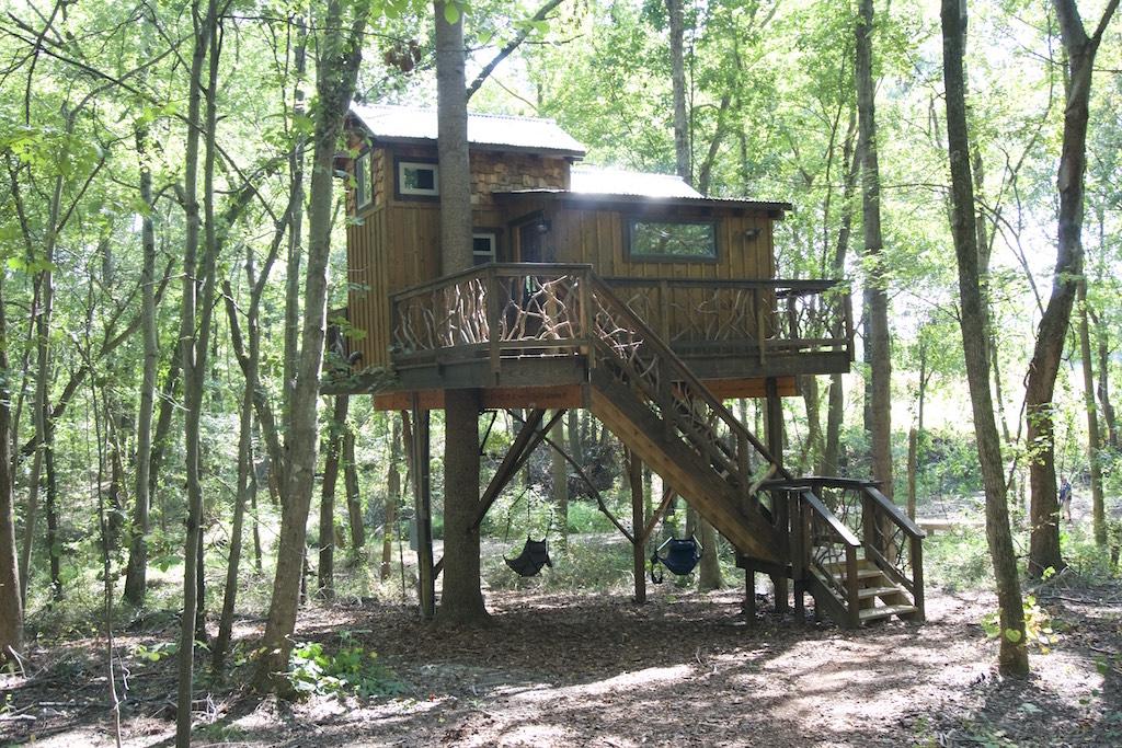 miss-molly-treehouse-cherry-treesort-north-carolina-1