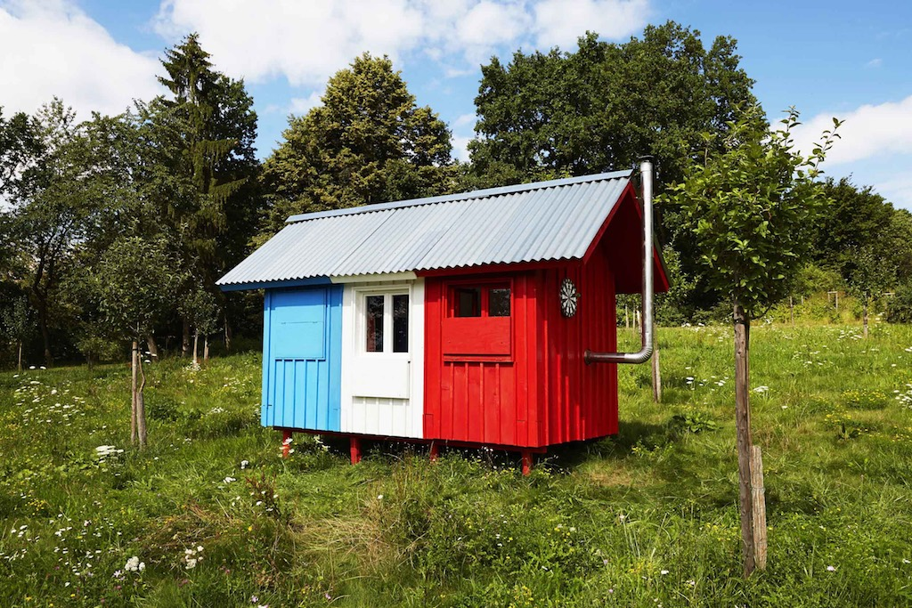 one-day-prefab-tiny-house-1