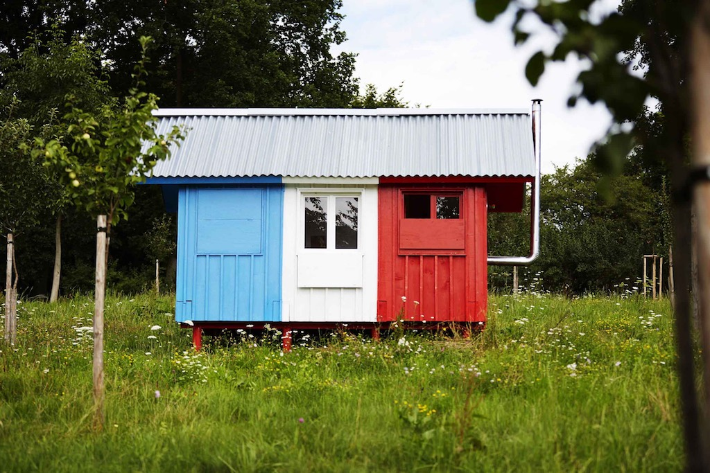one-day-prefab-tiny-house-2