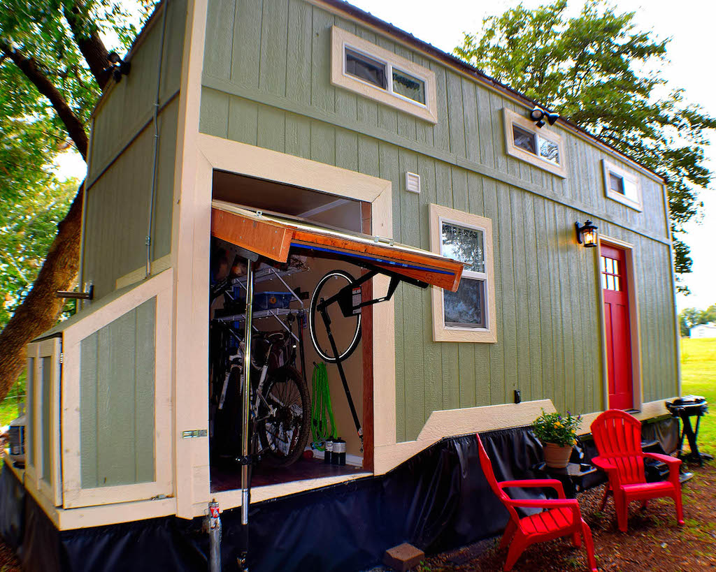 tiny-house-dwelling-1