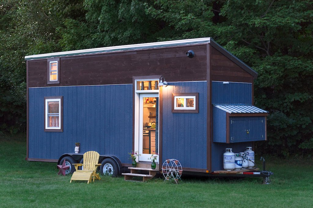 little-lou-tiny-house-1