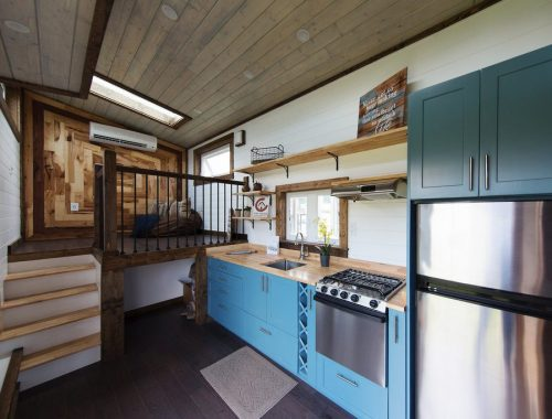 Tiny Home Designs: Farmhouse Luxury Gooseneck Tiny House