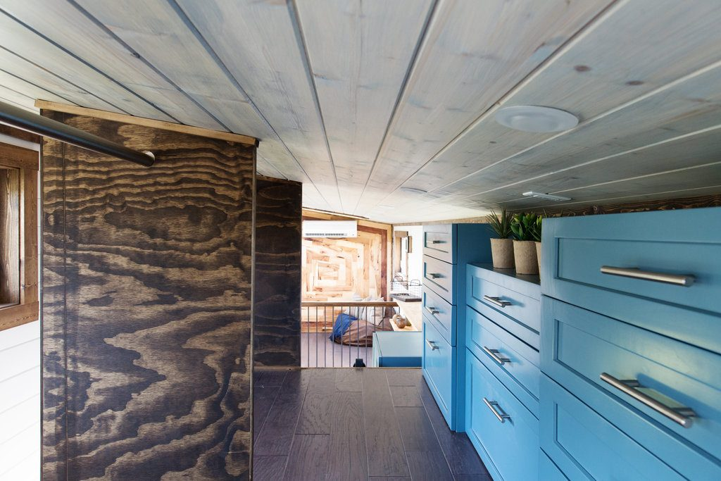 the-lookout-tiny-house-cleveland-ohio-5