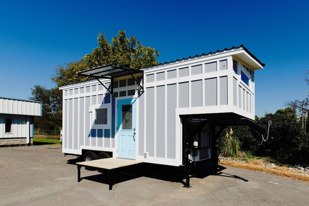the-view-tiny-house-swoon-1