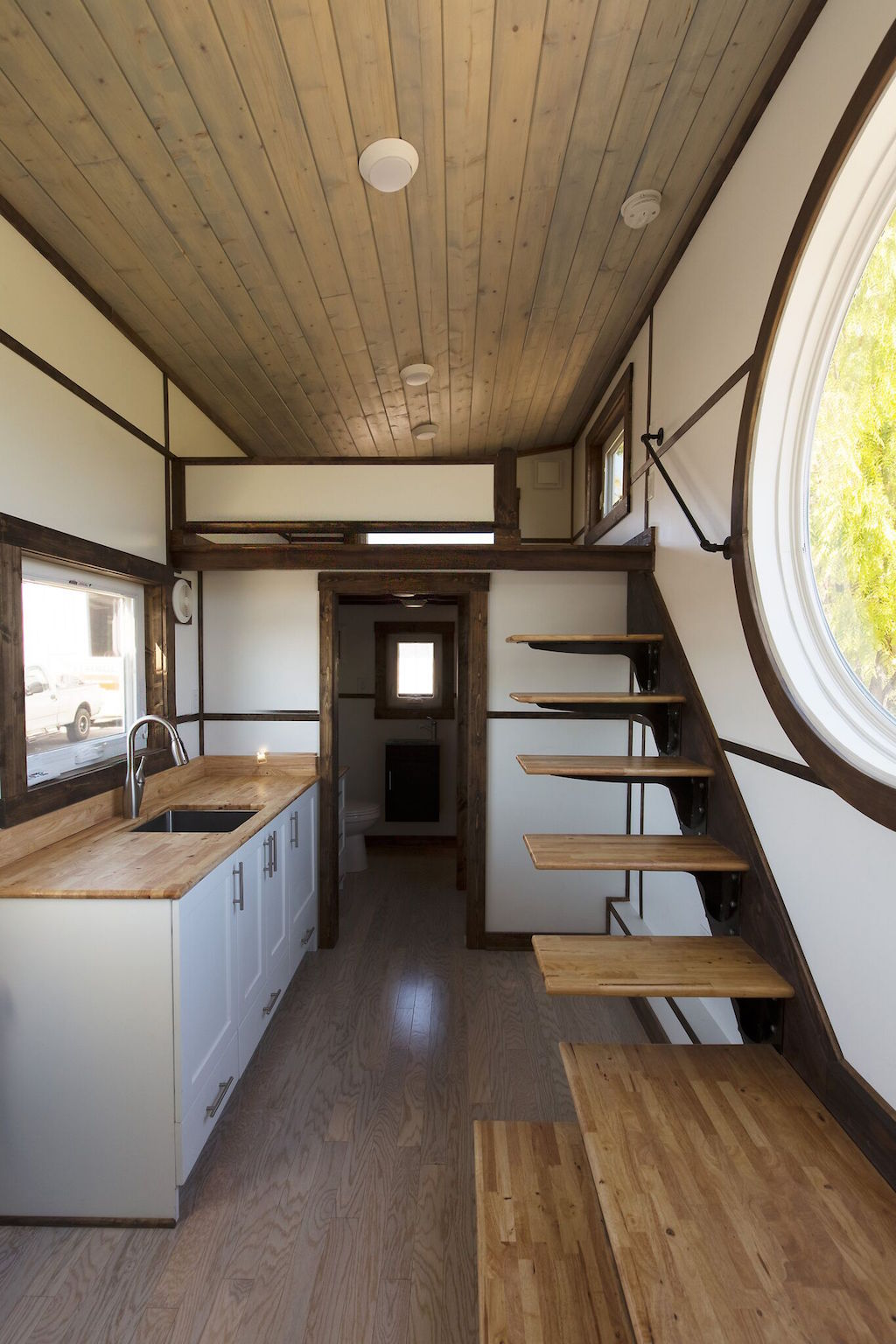 the-view-tiny-house-swoon-2