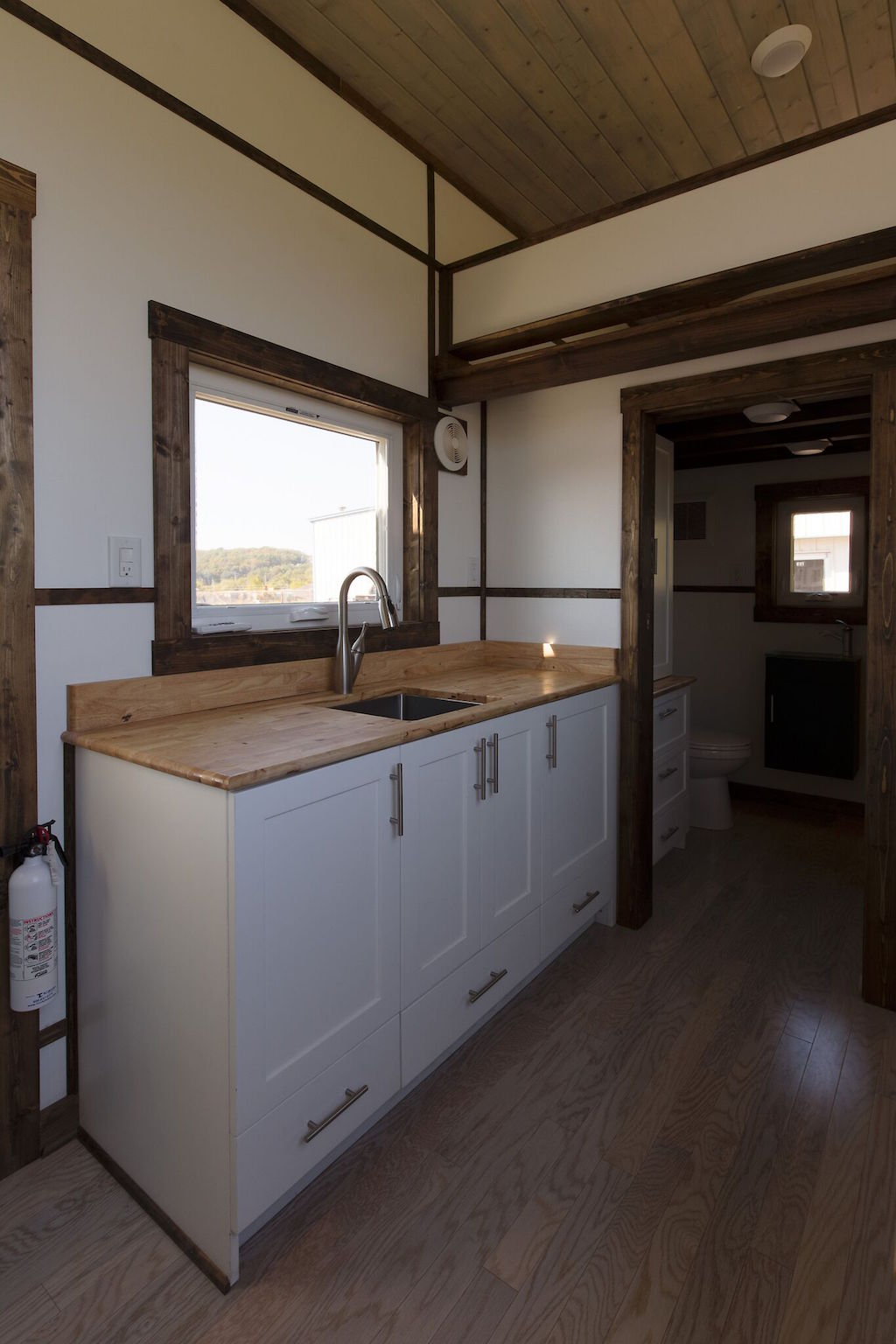 the-view-tiny-house-swoon-3