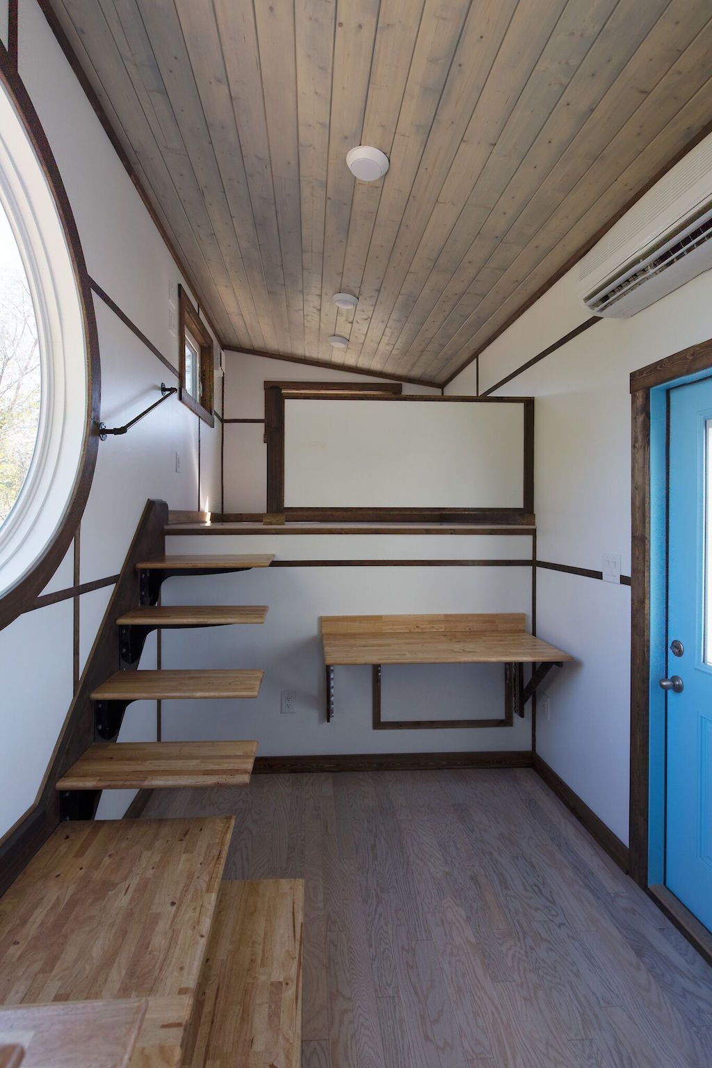 the-view-tiny-house-swoon-4