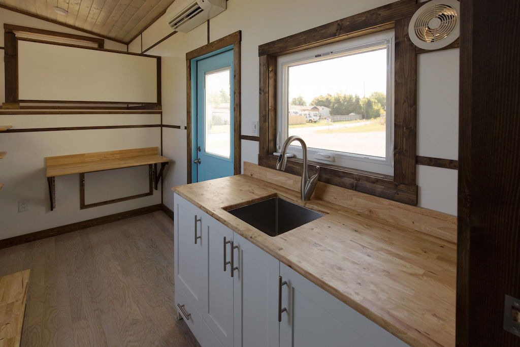 the-view-tiny-house-swoon-6