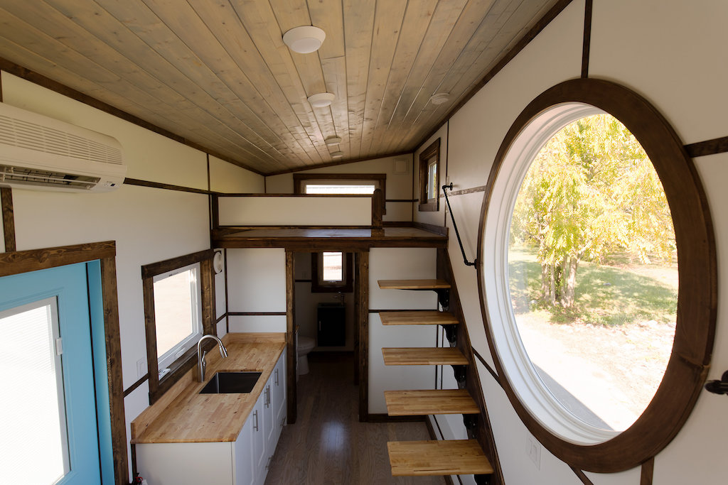 the-view-tiny-house-swoon-7