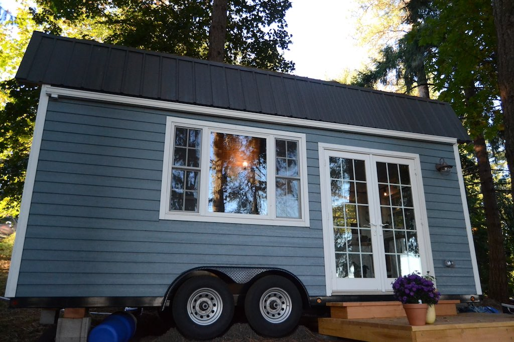 tiny-house-for-a-bigger-life-1