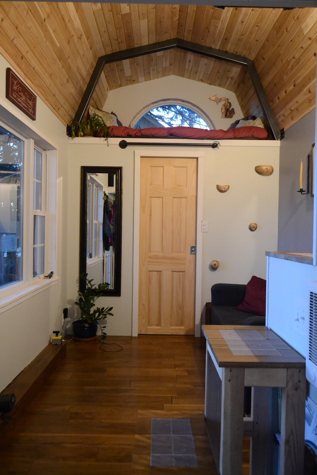 tiny-house-for-a-bigger-life-4