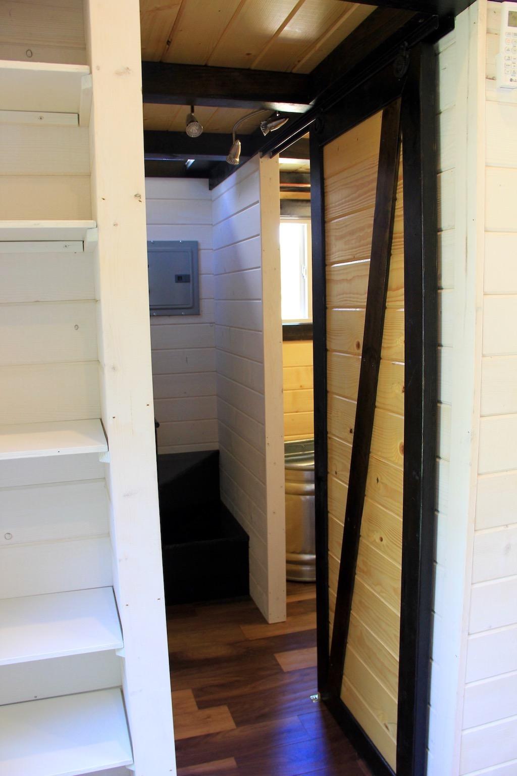 fort-austin-tiny-house-brevard-tiny-house-company-10