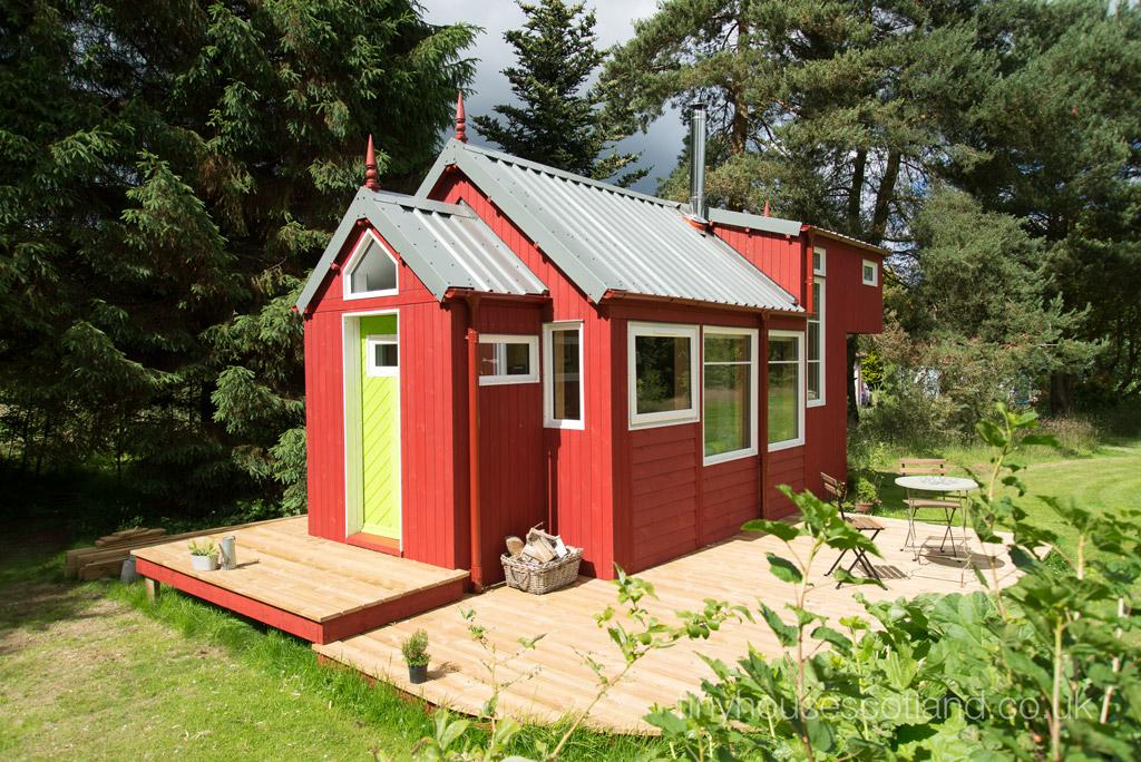 nesthouse-tiny-house-scotland-1