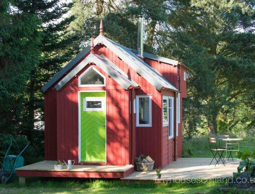 nesthouse-tiny-house-scotland-10