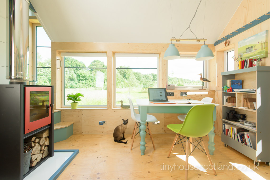 nesthouse-tiny-house-scotland-3