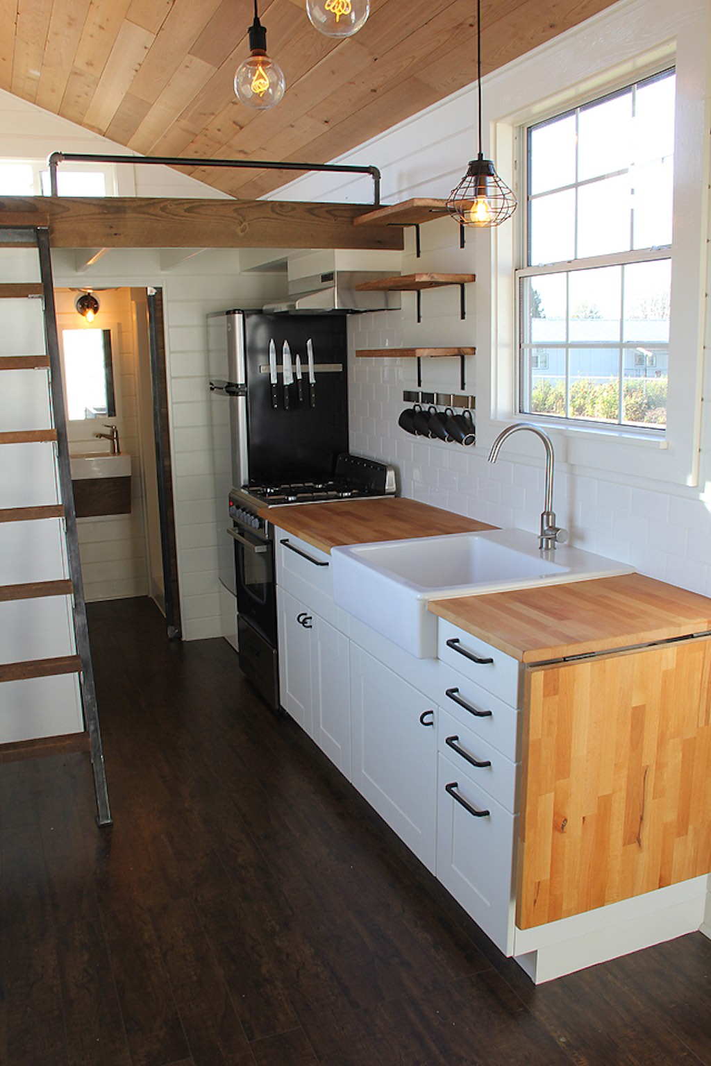 Rustic industrial tiny house swoon Kitchen design for tiny house