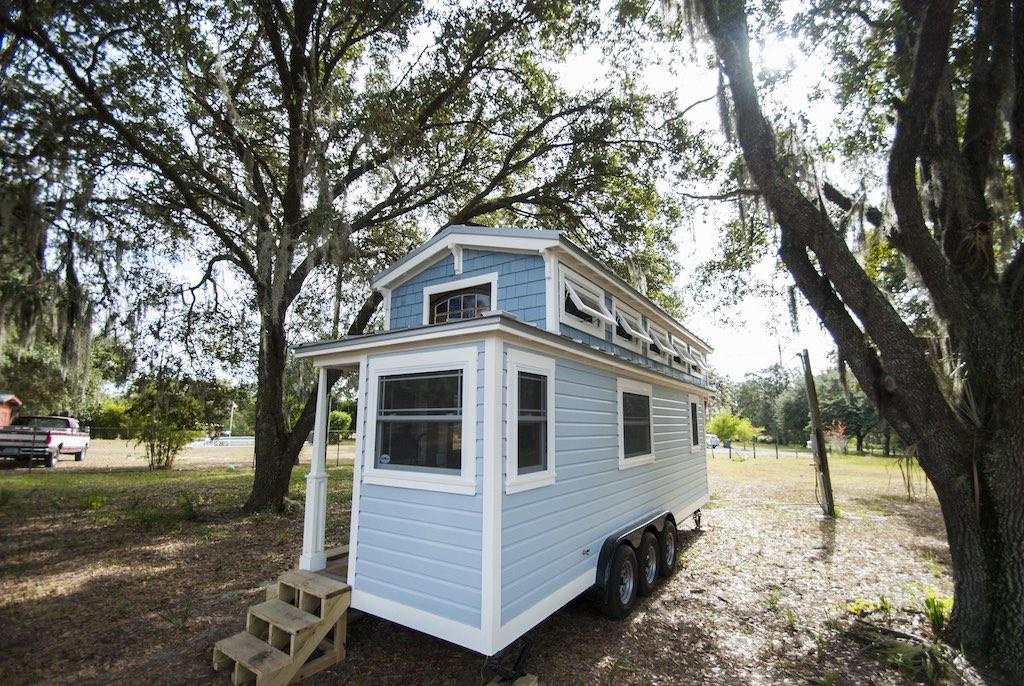 tiny-luxury-new-beginning-homes-1