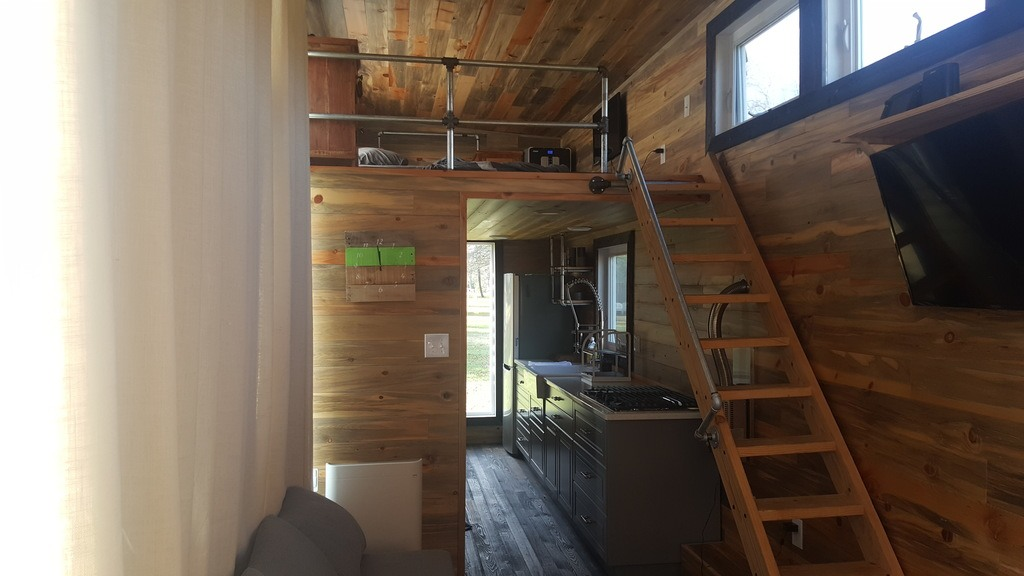 28-feet-sips-tiny-house-tennessee-2
