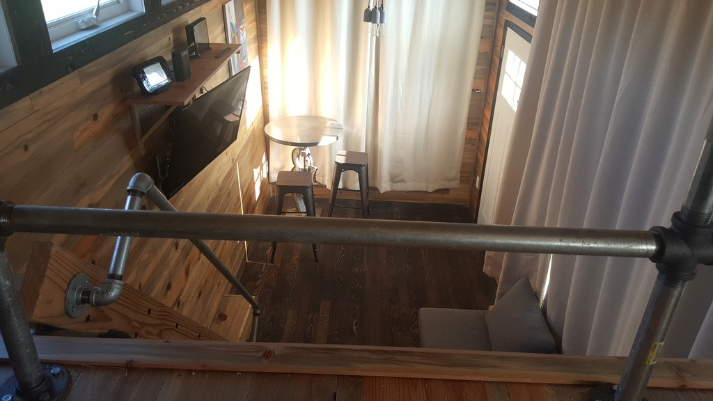 28-feet-sips-tiny-house-tennessee-4